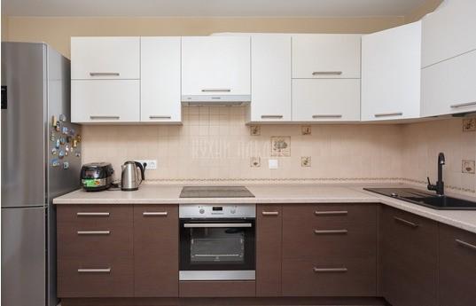 Угловая кухня Бассилур