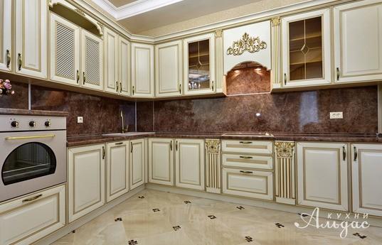 Угловая кухня Сабаньон