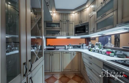 Угловая кухня Бернез