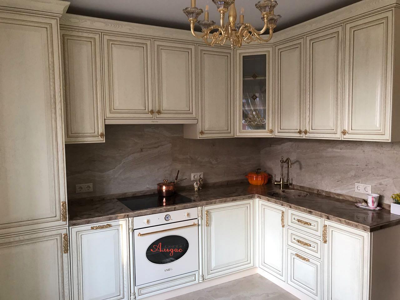 Угловая кухня Сокраменто