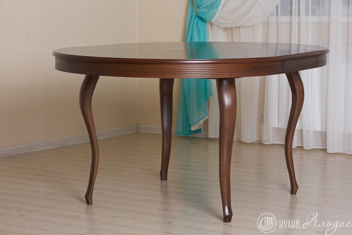 Стол круглый Регано 4 с фигурными ножками